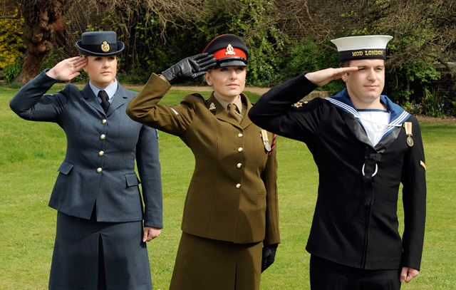Armed forces personnel saluting. Photo: Sgt Andy Malthouse ABIPP/MOD