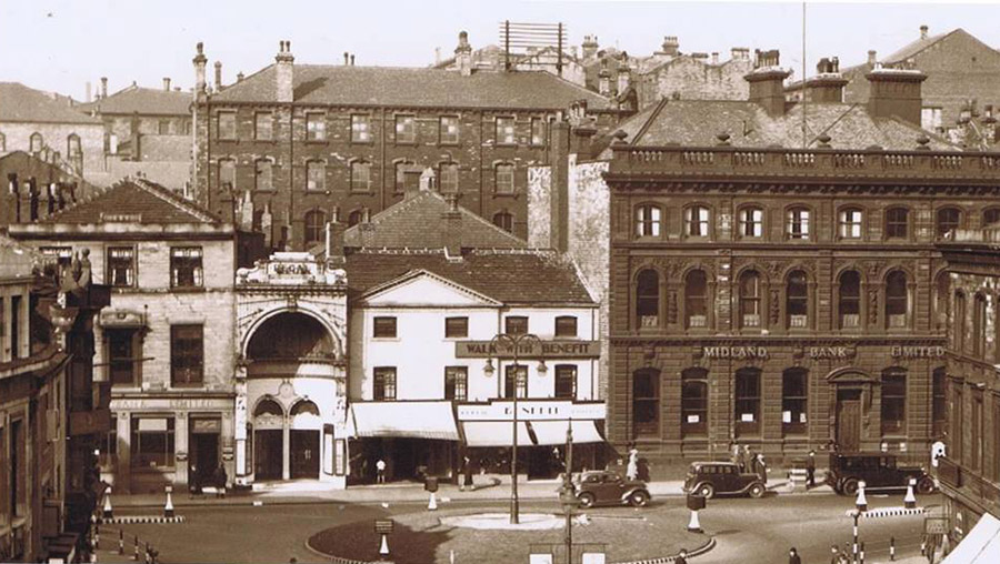 Old photograph of Midland Bank