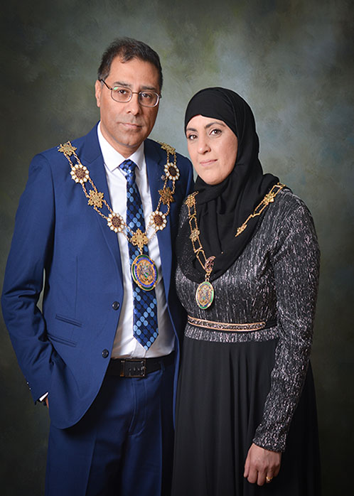 The Deputy Mayor of Kirklees and his Deputy Mayoress, Councillor Mumtaz Hussain and Noreen Hussain